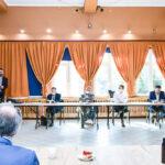 """uczestnicy spotkania podczas dyskusji o Raporcie diagnostycznym """"Pogranicza"""""""